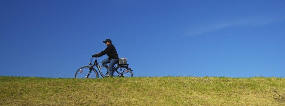 Radfahrerin, © Didi01 / pixelio.de