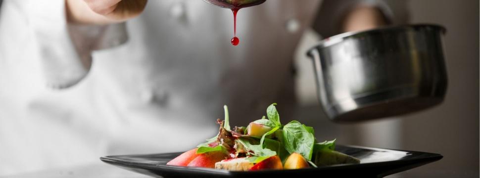 Restaurants in Kiel, © iStock.com/KuzminSemen