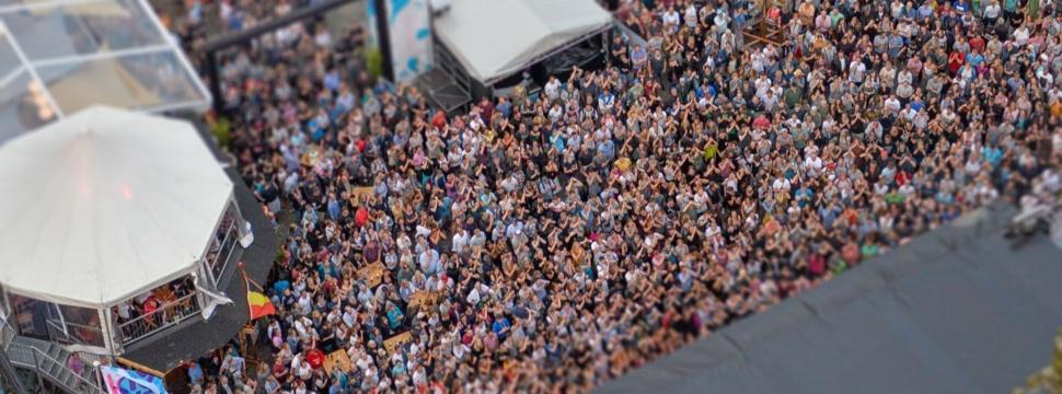 Konzert auf der Rathausbühne, © Landeshauptstadt Kiel/Bodo Quante