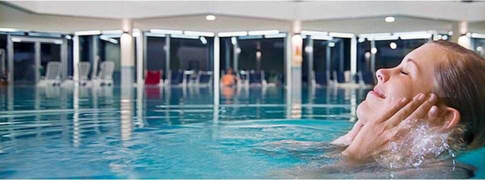 Meerwasser-Schwimmbad, © Frederik Roeh / Ostsee Resort Damp